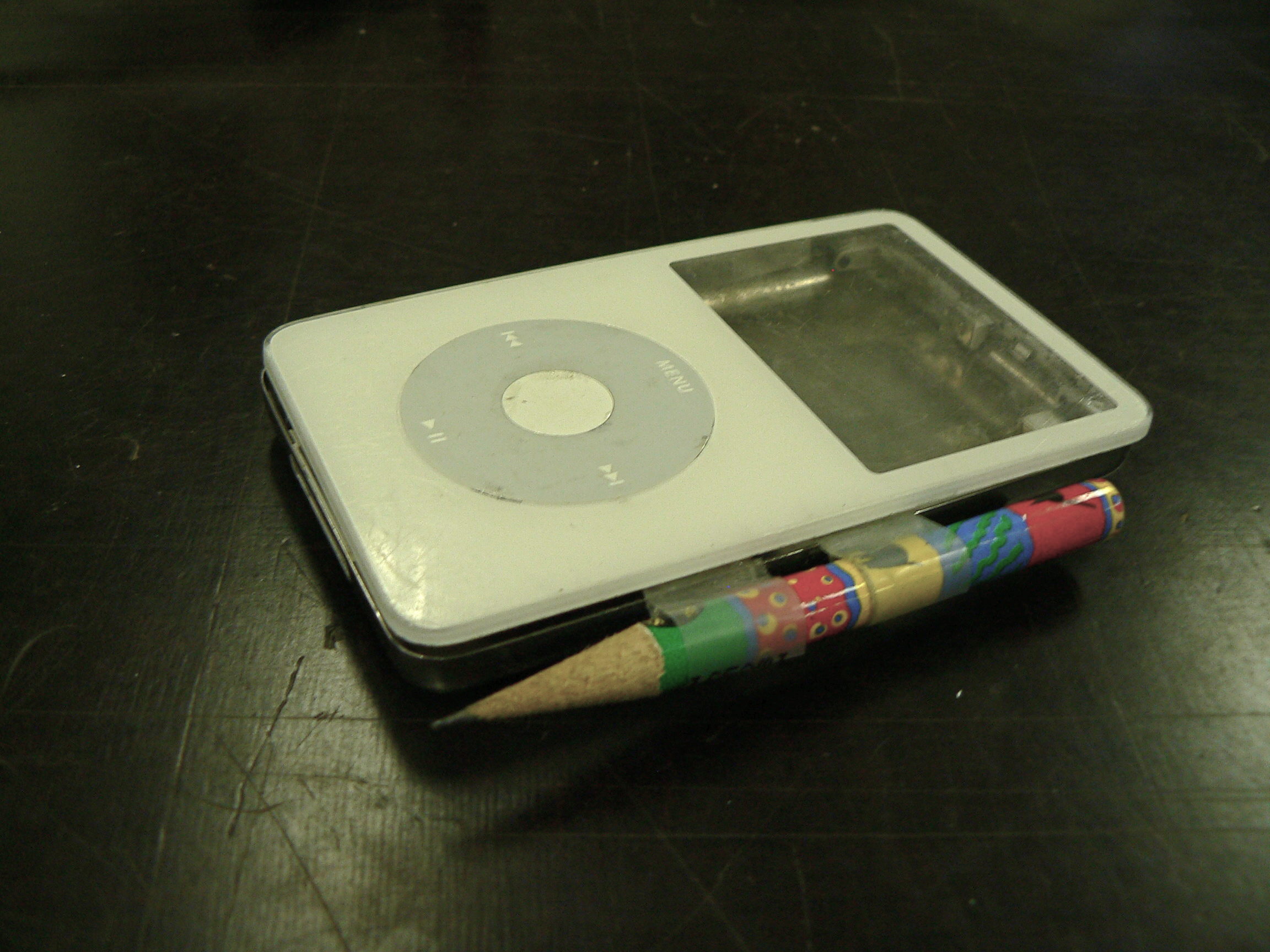 Picture of How to Hack an Ipod Into a Case for an HPDA, Cigarettes, Money, Business Cards... Etc.
