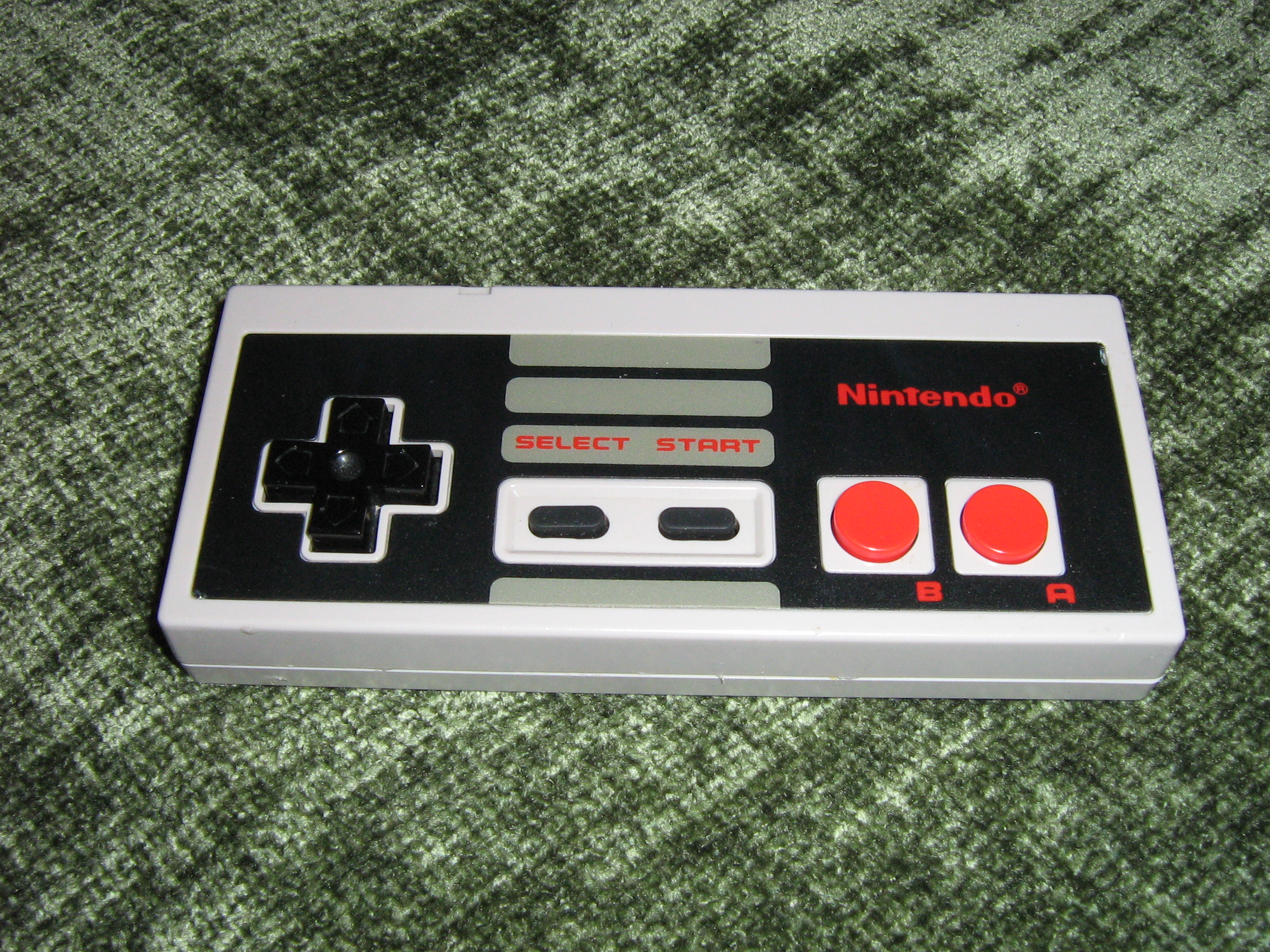 Picture of NES Controller MP3 Player