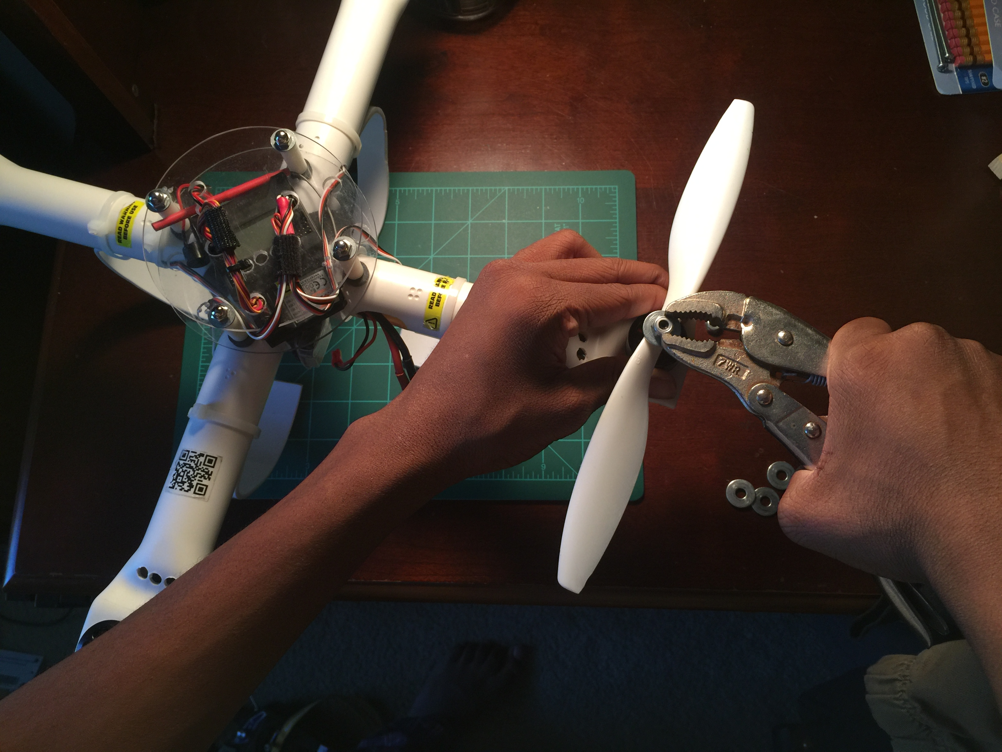 Picture of Installing Propellers