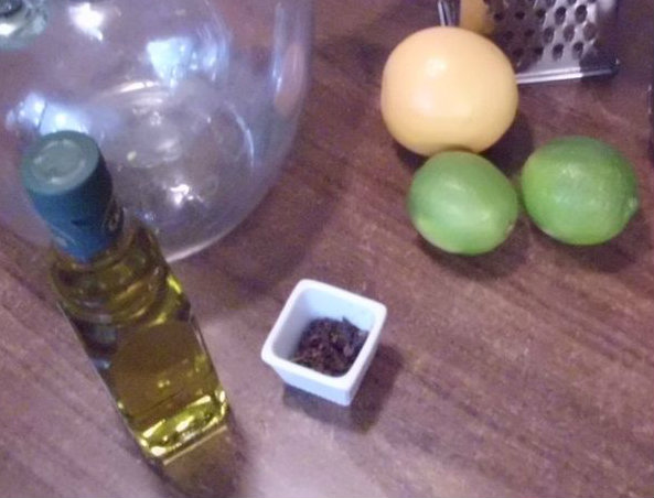 Picture of Homemade Citrus and Clove Mosquito Repellent Oil