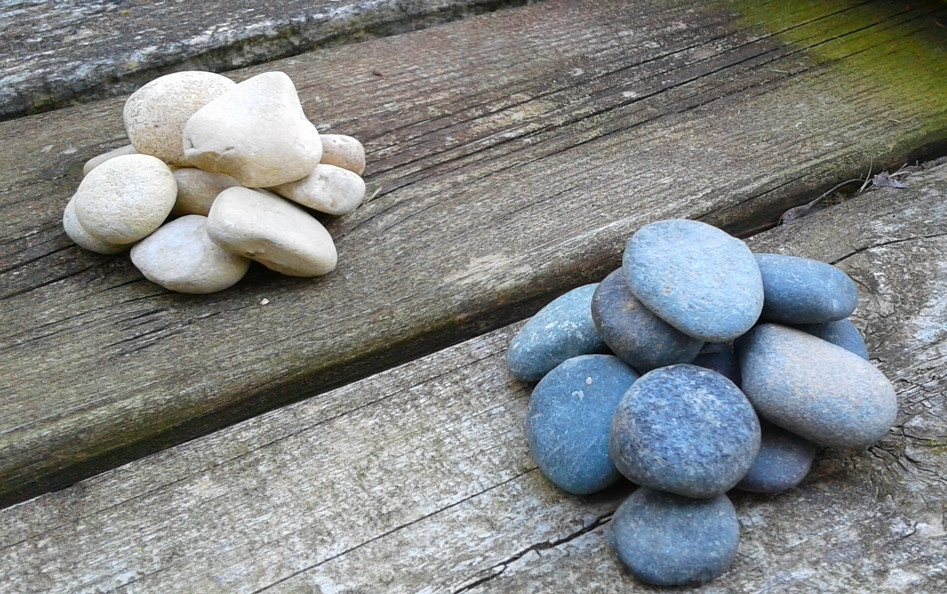 Picture of Sorting Checker Stones
