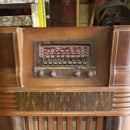 1942 Philco Radio Wine Bar