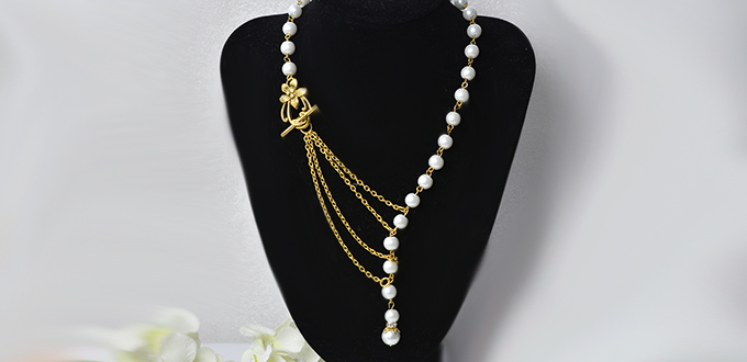 Picture of How to Make a Simple Tibetan Style Pearl Stranded Necklace With Multiple Gold Chains Linked