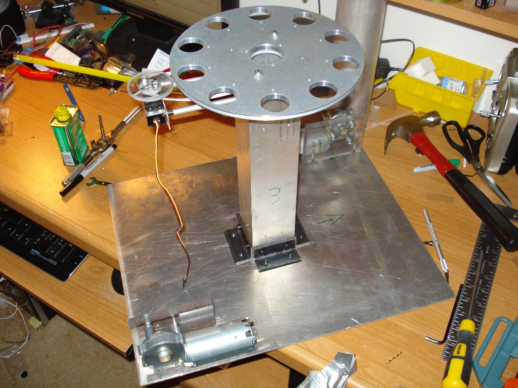 Picture of Mounting Turret and Motors to the Base