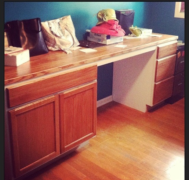 Picture of Kitchen Cabinet Desk