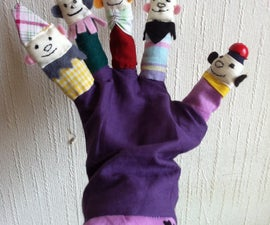Kissing Puppets