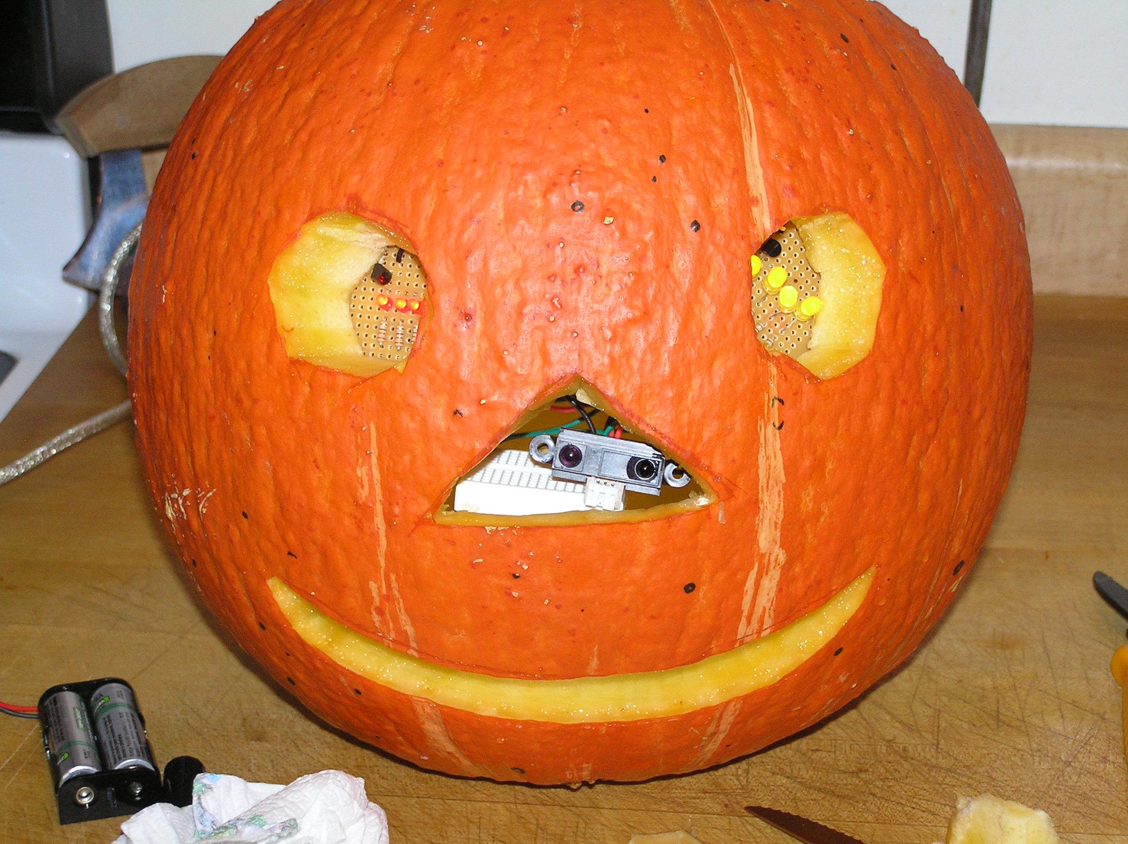 Picture of Arduino-Powered Pumpkin