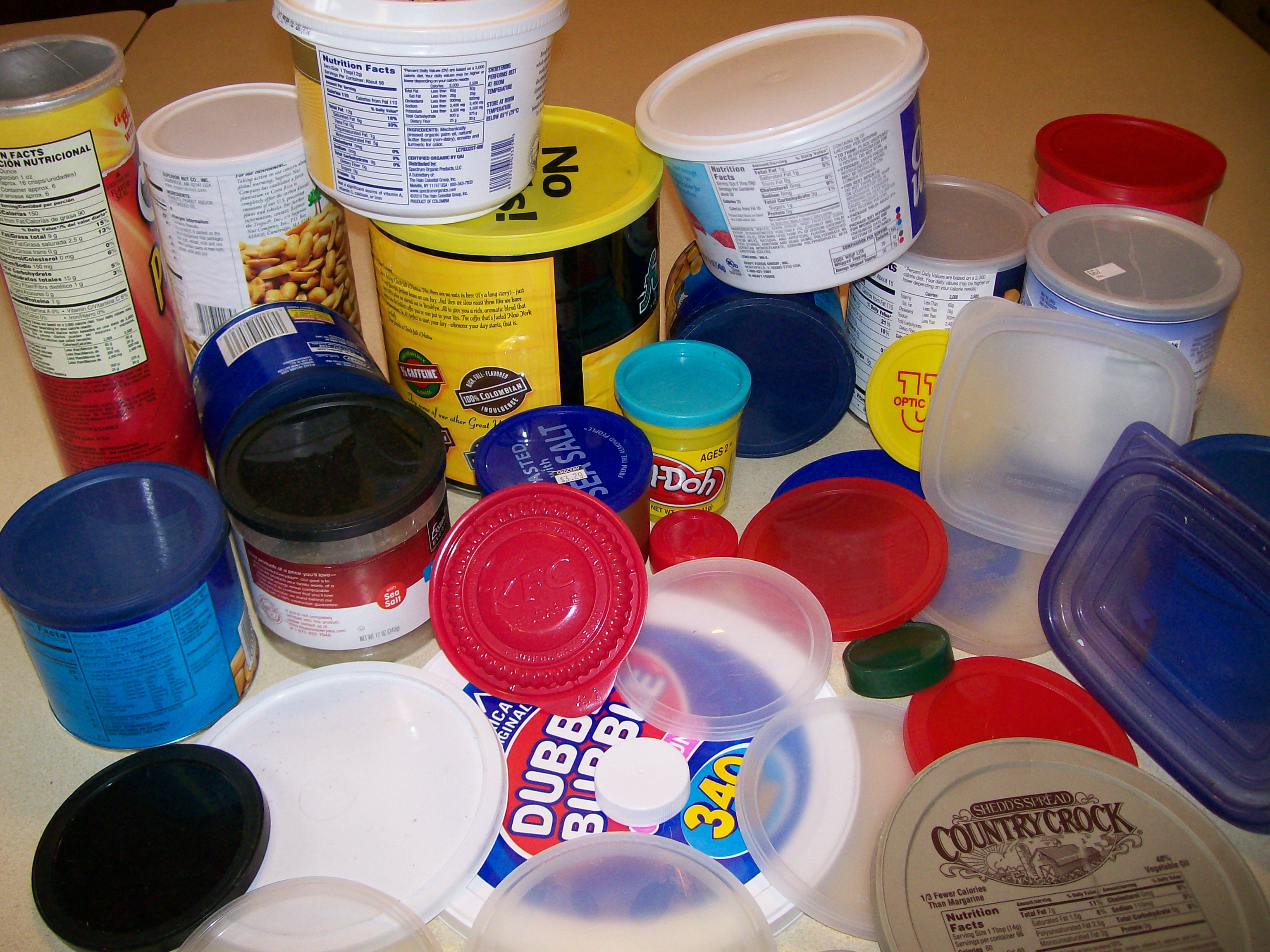 Picture of Unusual Uses for Plastic Lids