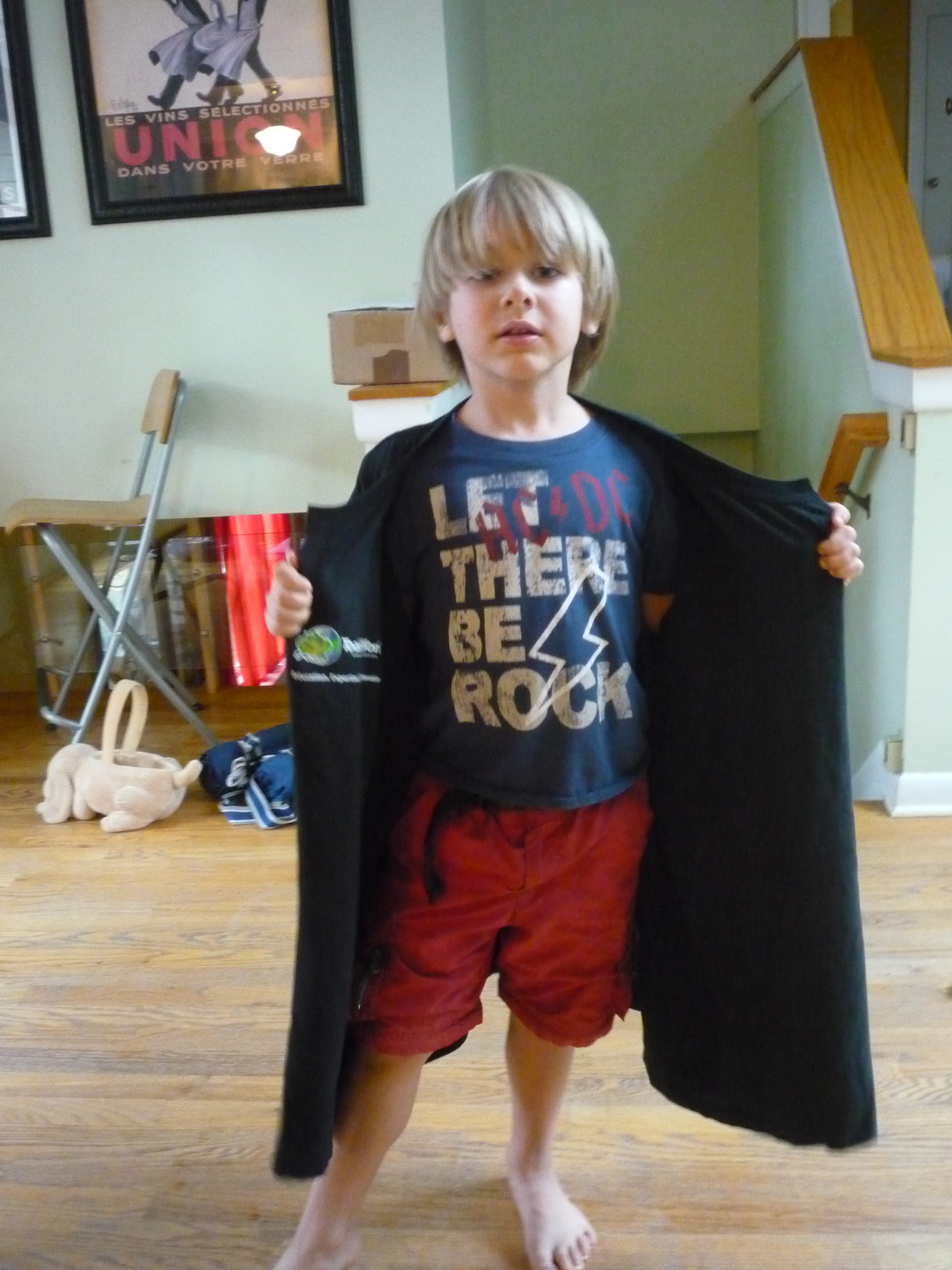 Picture of Make a Hogwarts Robe From Old T-shirts - T-shirt Prep