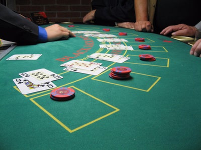 Card Counting and Ranging Bet Sizes in Black Jack