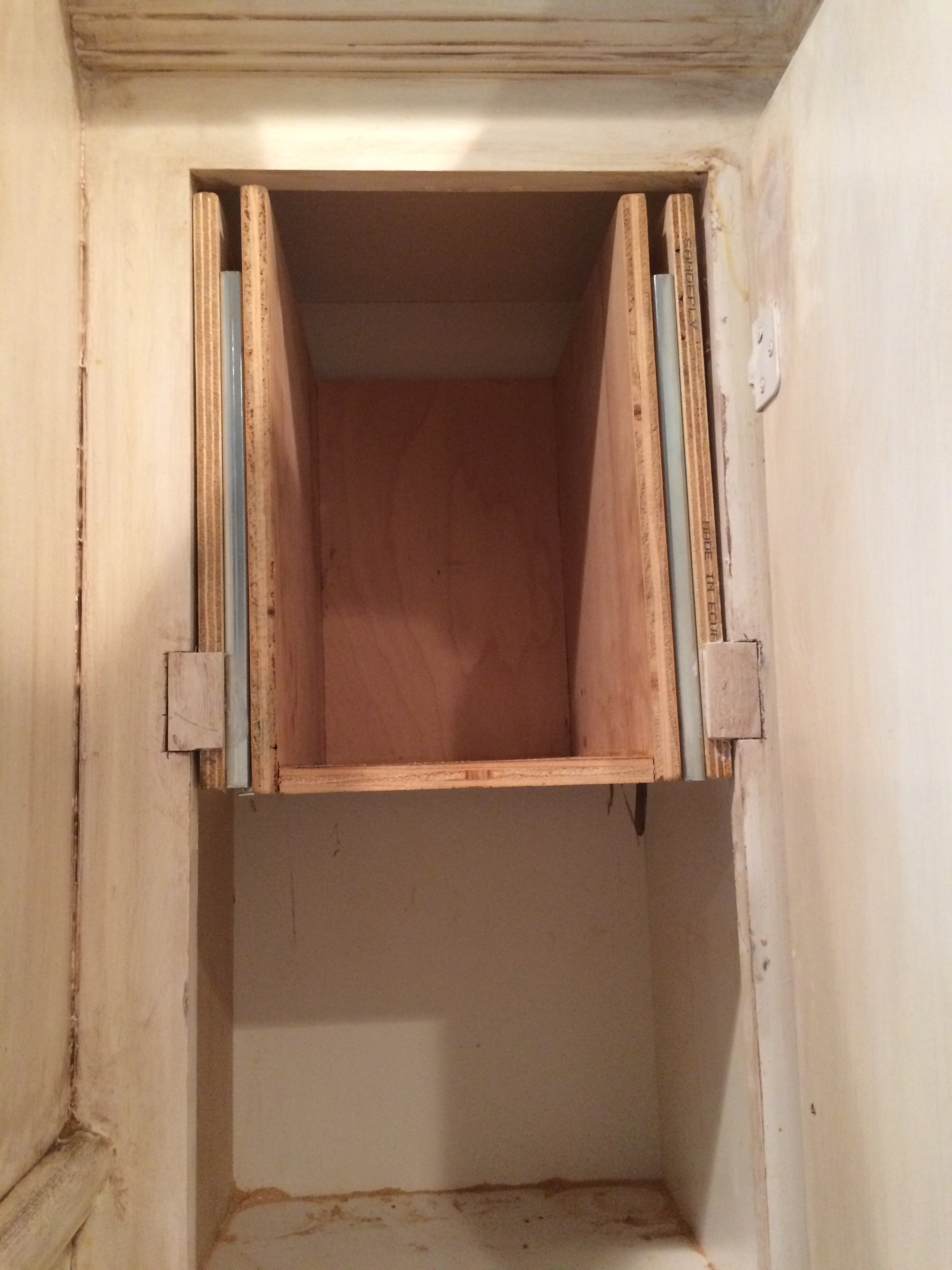 Picture of Building the Shelf