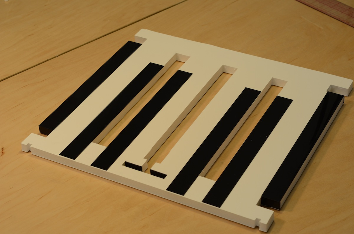 Picture of Laminate Strips to the Back Plate