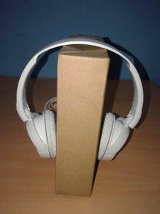 DIY Headphone Holder (Home Hacks)