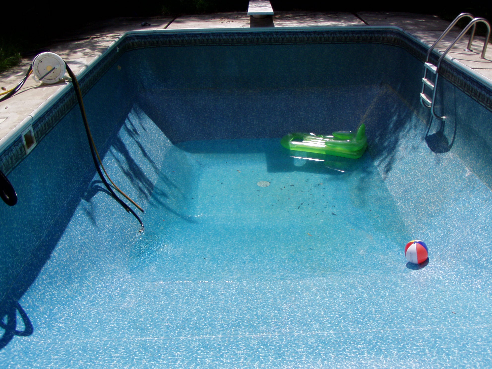 Draining and Refilling an Inground Swimming Pool.: 8 Steps