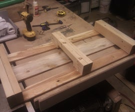 Modern Reclaimed Wood Coffee Table (Pallet/Skid Table)