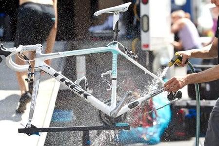 Tvätta Av Cykeln