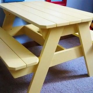 Kids' Picnic Table