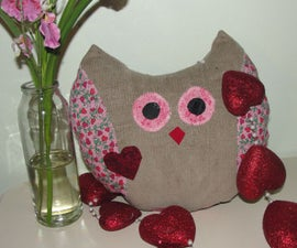 "How to Make a ""LOVE OWL Pillow"" - a Valentine Sewing Craft"