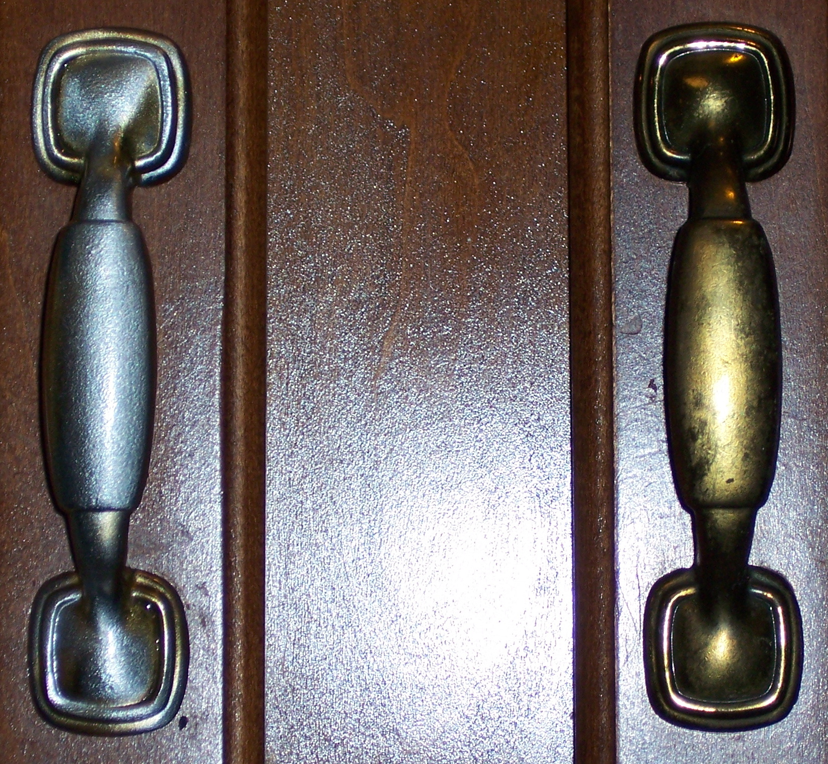 Picture of Refurbishing Cabinet Hardware