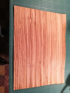 Glue the Sides With Veneer Wood