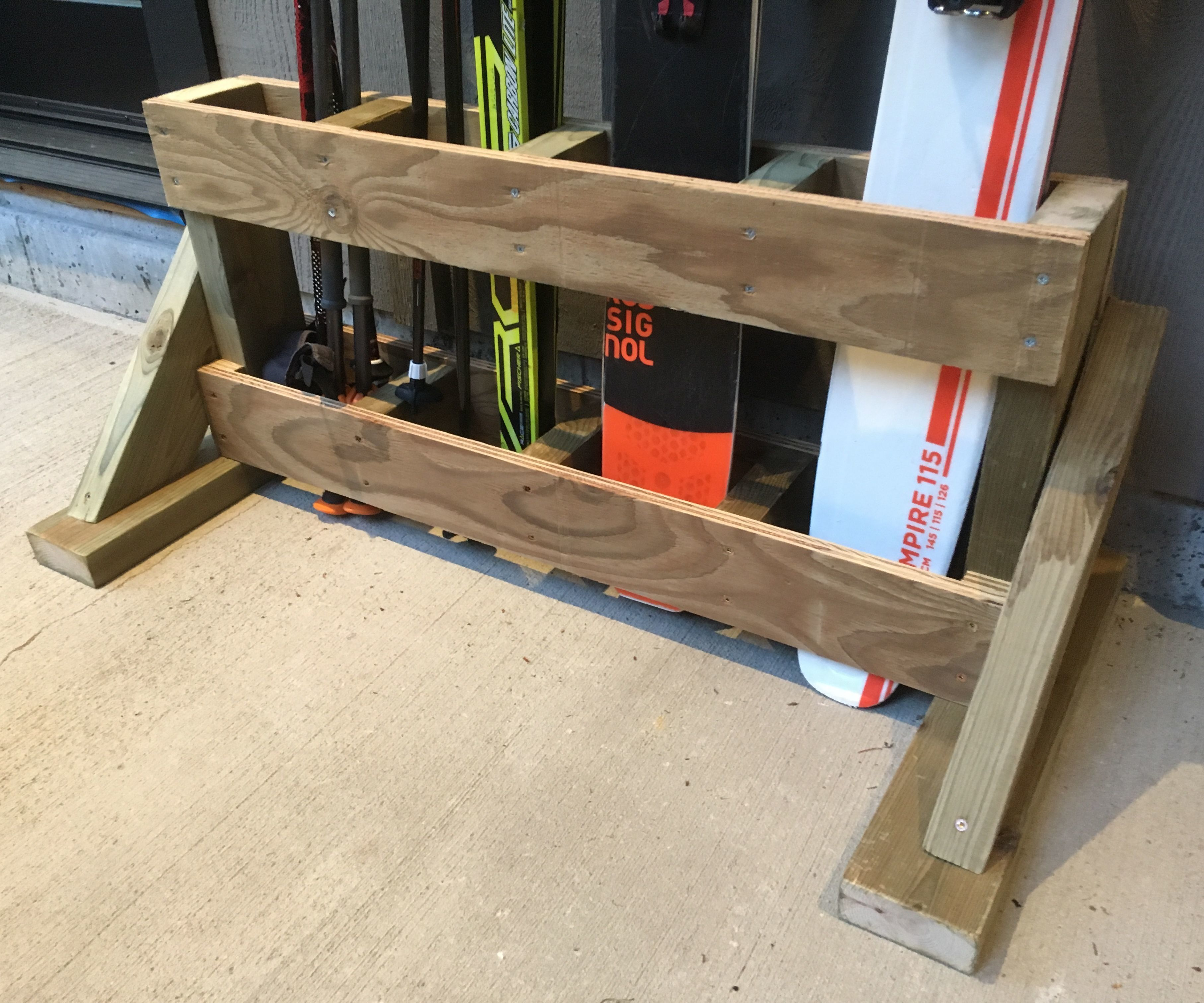 Ski Rack From 2x4 and Plywood