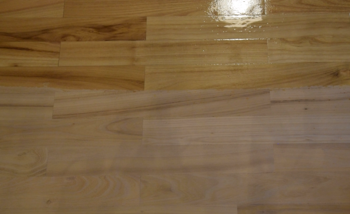 Picture of First Coat - to Close the Wood Pores