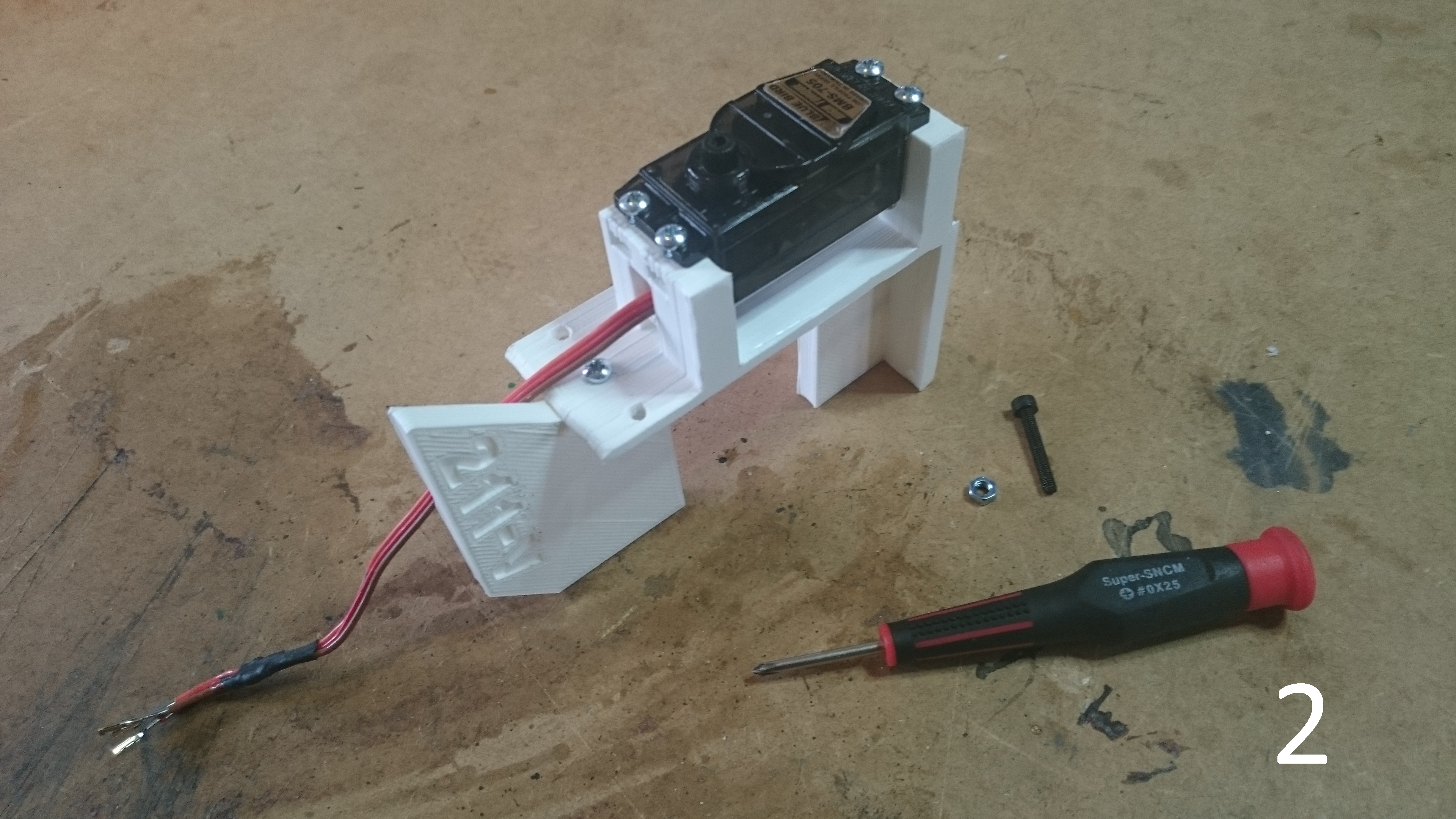 Picture of Assembly: Servo Mount