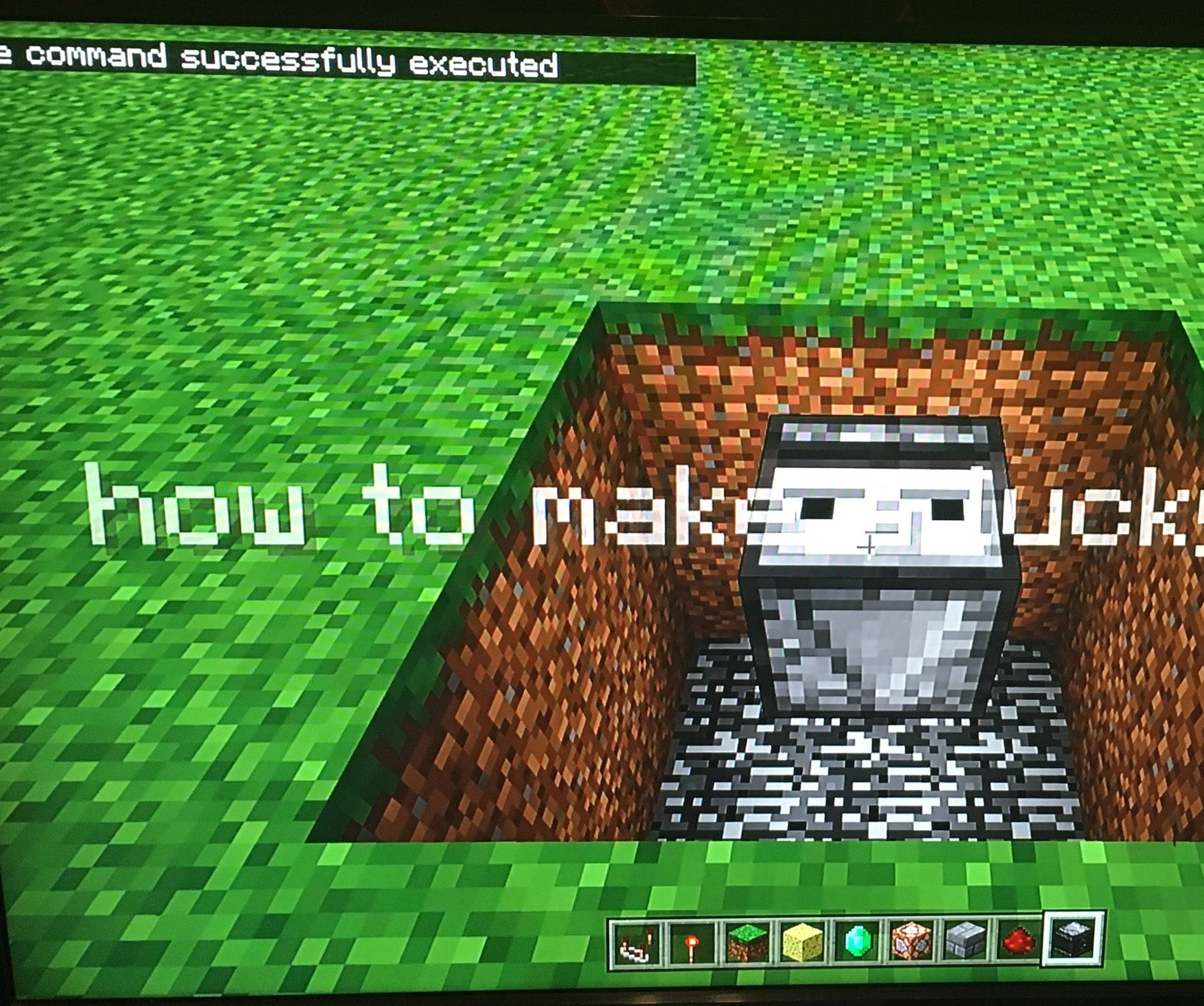 How To Make A Lucky Block In Minecraft Using No Mods 6 Steps Instructables