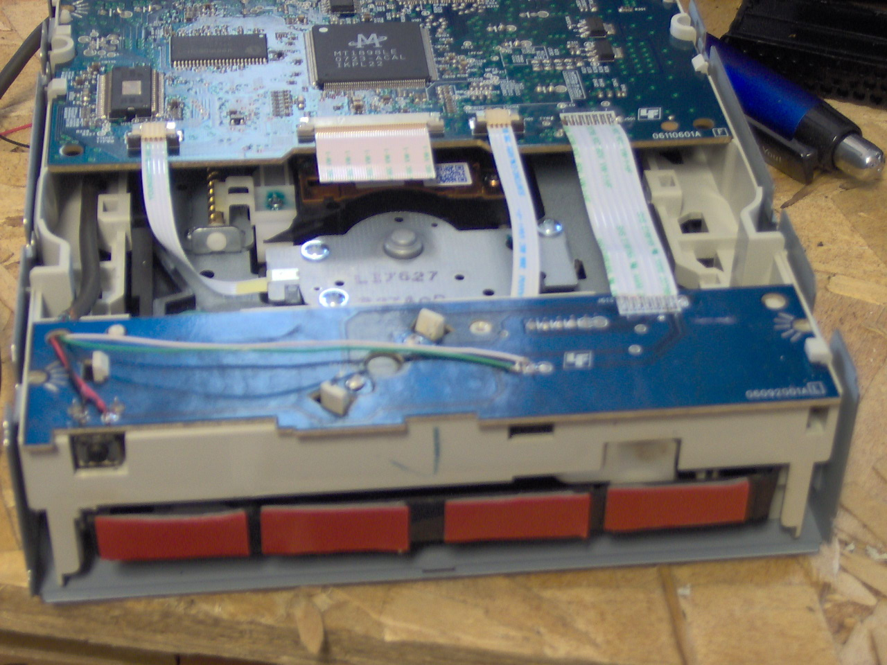 Picture of Wiring the Optical Drive