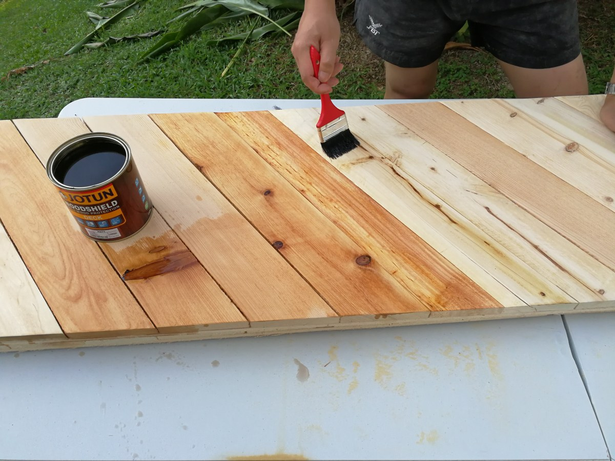 Picture of Chevron Pattern Table-top Panels