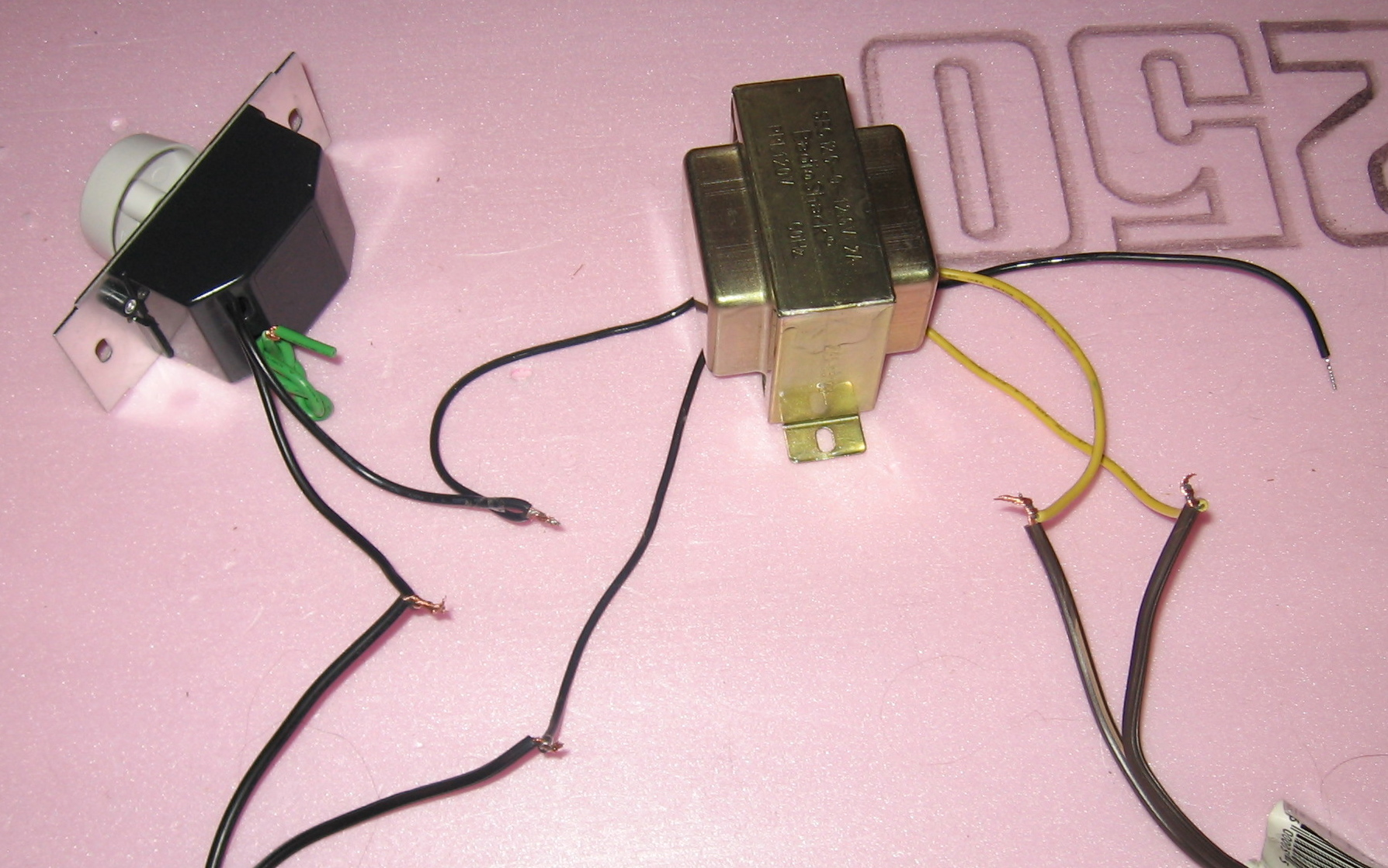 Picture of Wiring Up the Transformer and Dimmer Switch