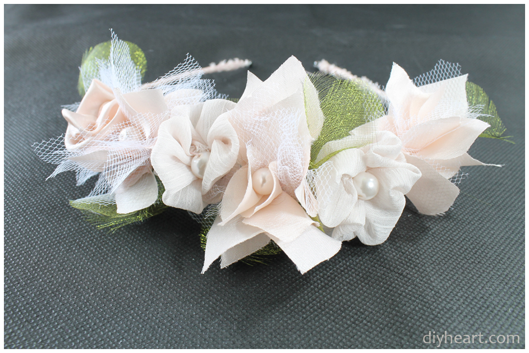 Picture of Pretty Rose Headband From Diyheart.com