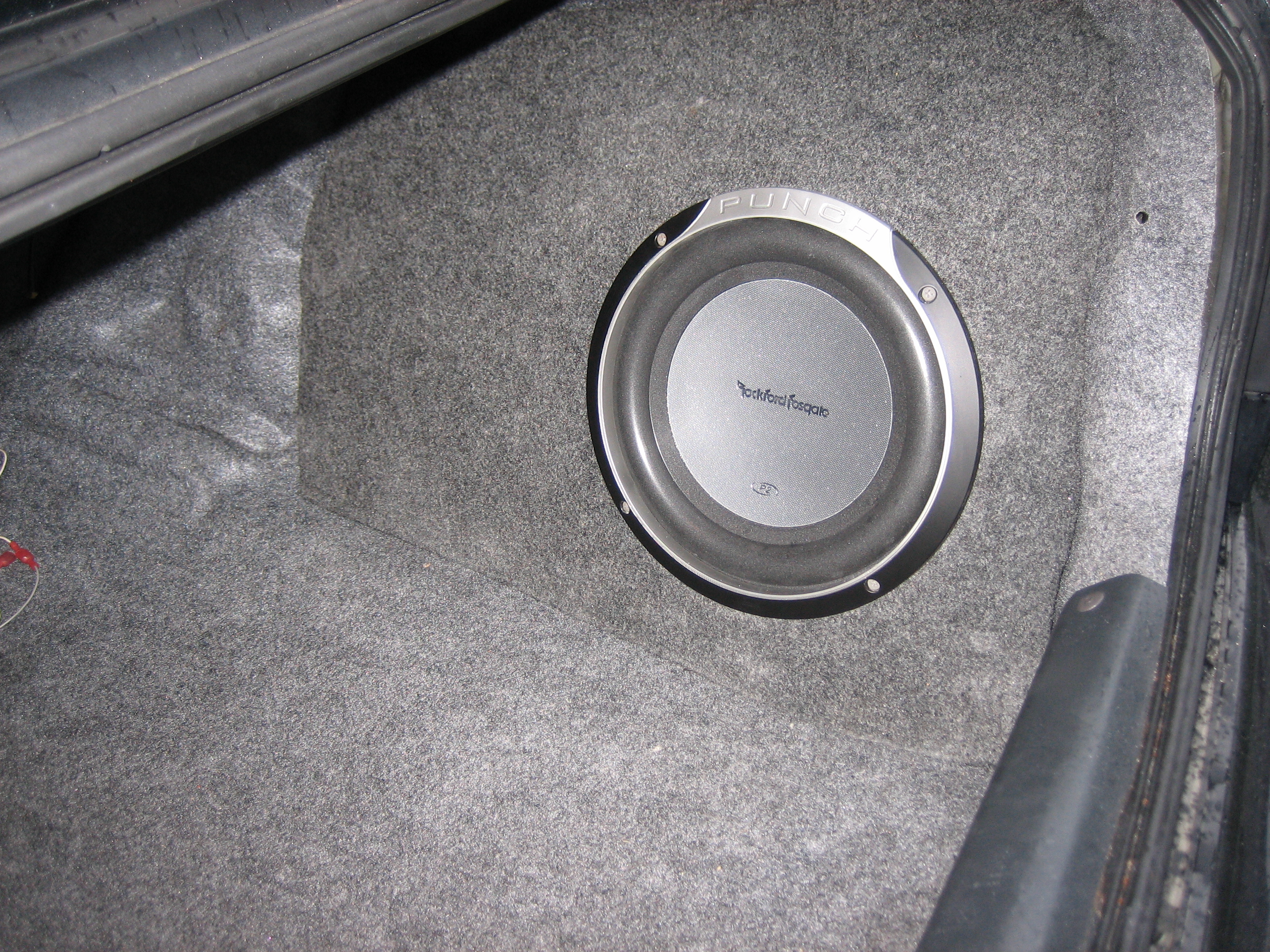 Custom Fiberglass Subwoofer: 9 Steps (with Pictures)