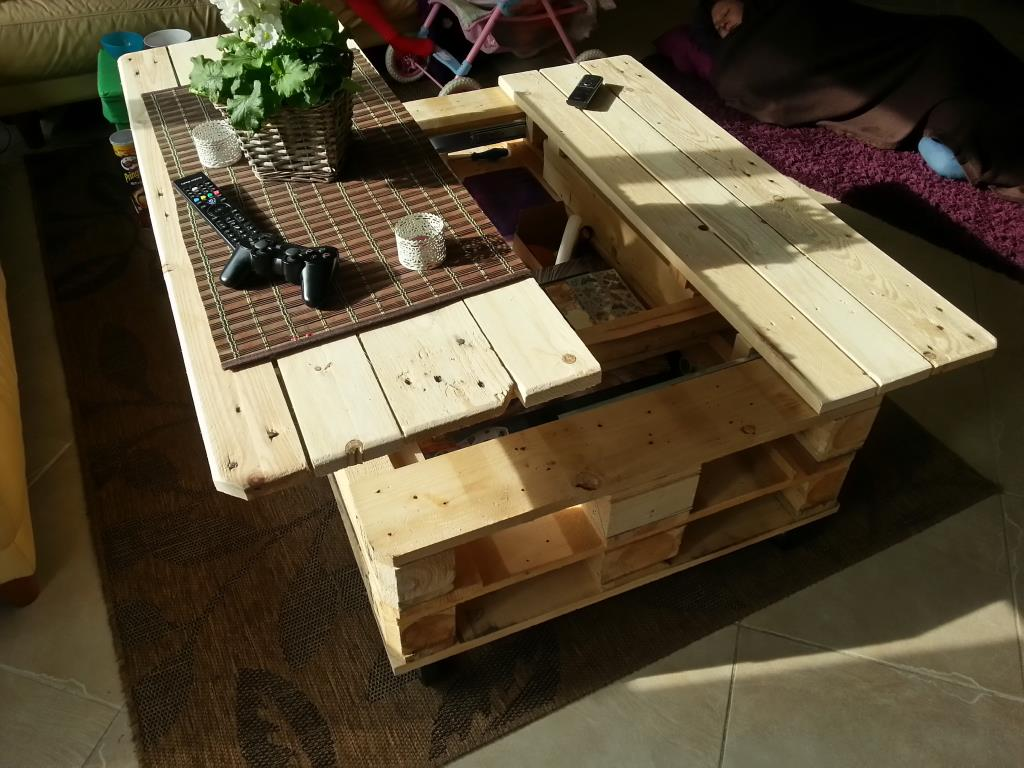 Coffee Tables Out Of Pallets Pallet Projects