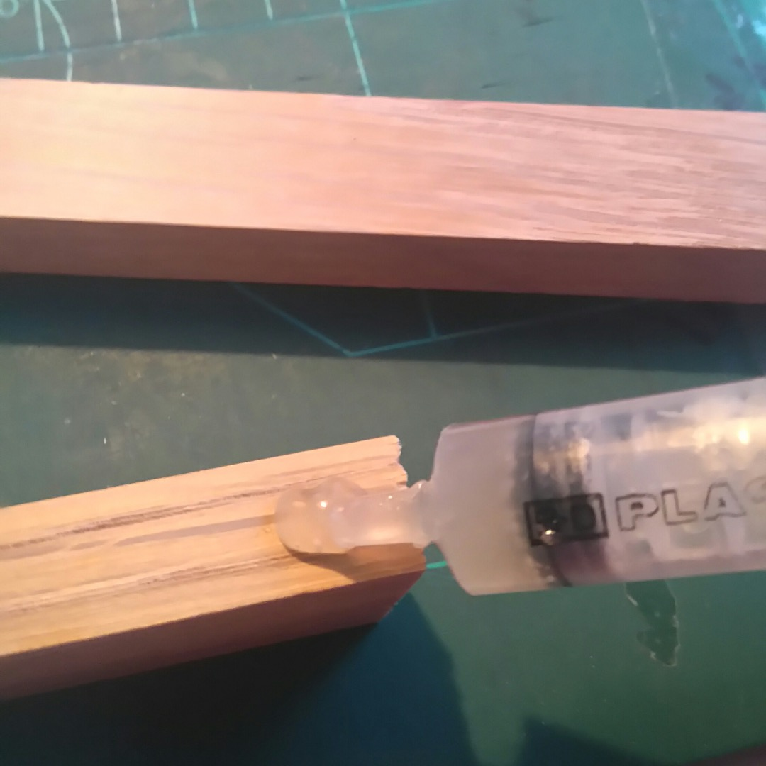 Picture of Glueing