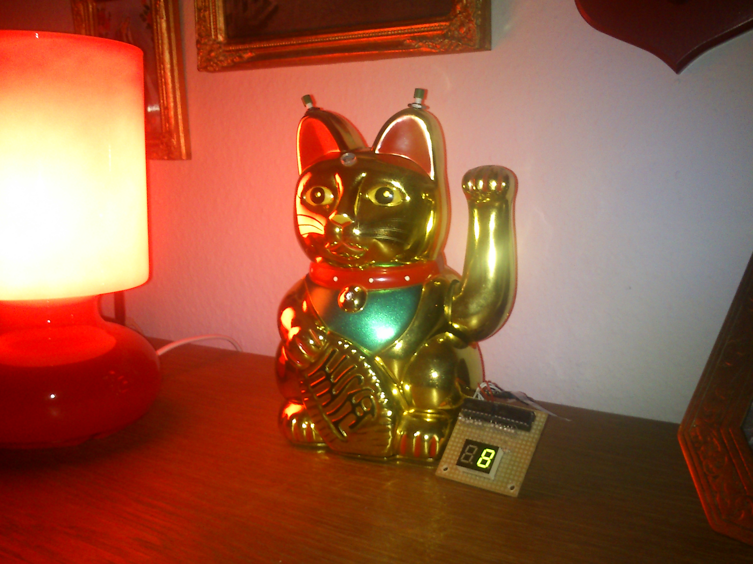 Picture of Arduino Powered Lucky Cat As Physical Webcounter