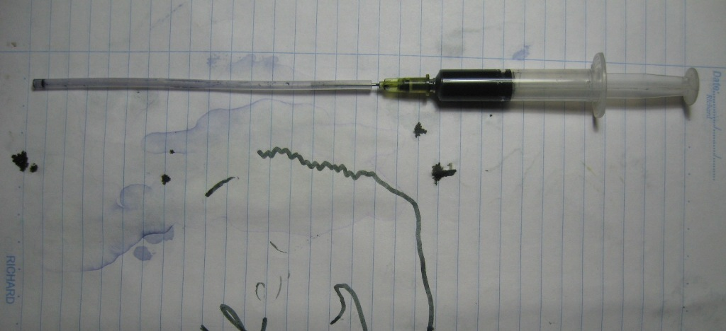 Picture of Filling a Ballpoint Tube
