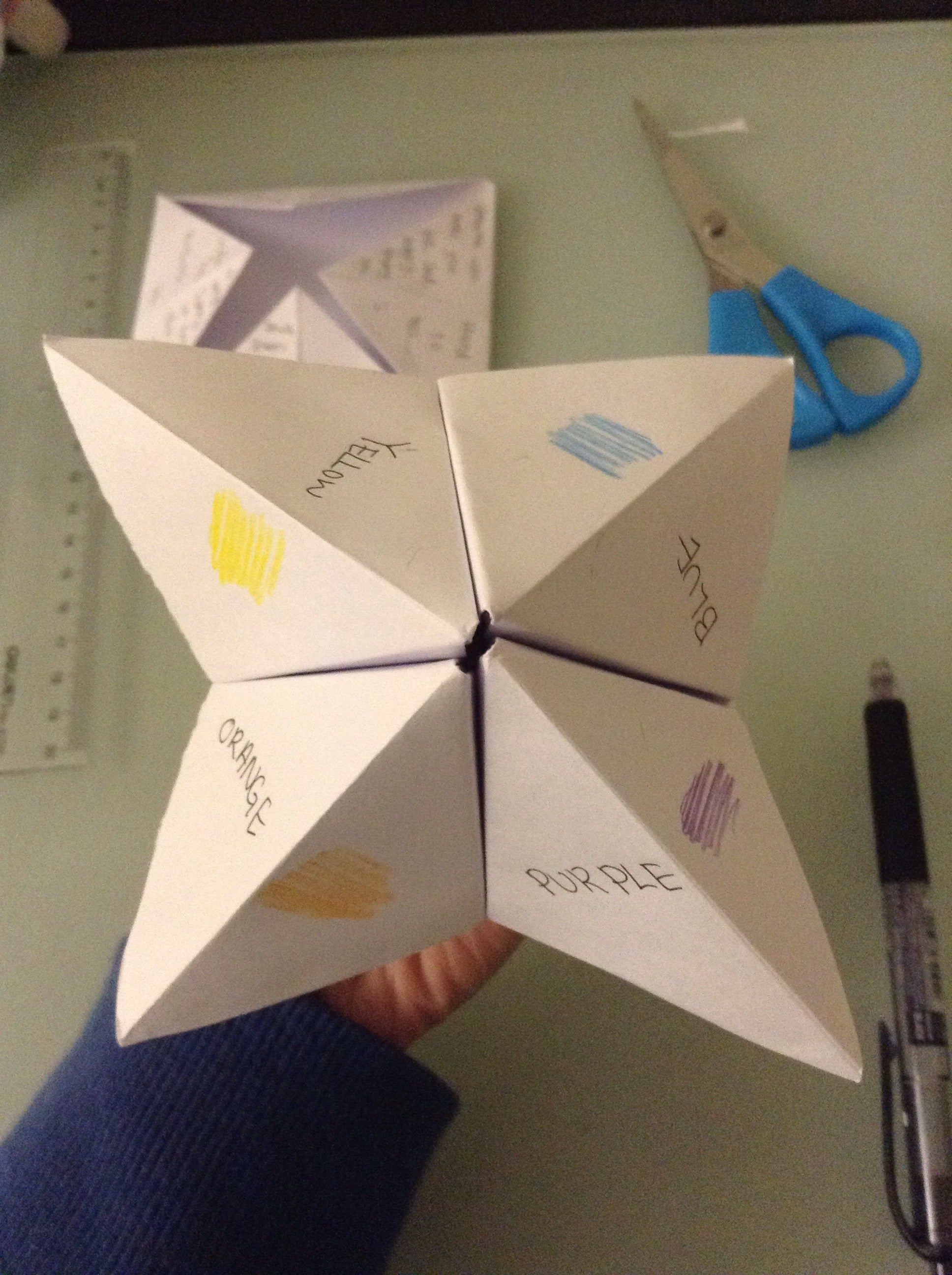 Origami Fortune Teller Instructions - Make an Origami Fortune Teller | 2592x1936