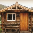Step by step construction of a log cabin