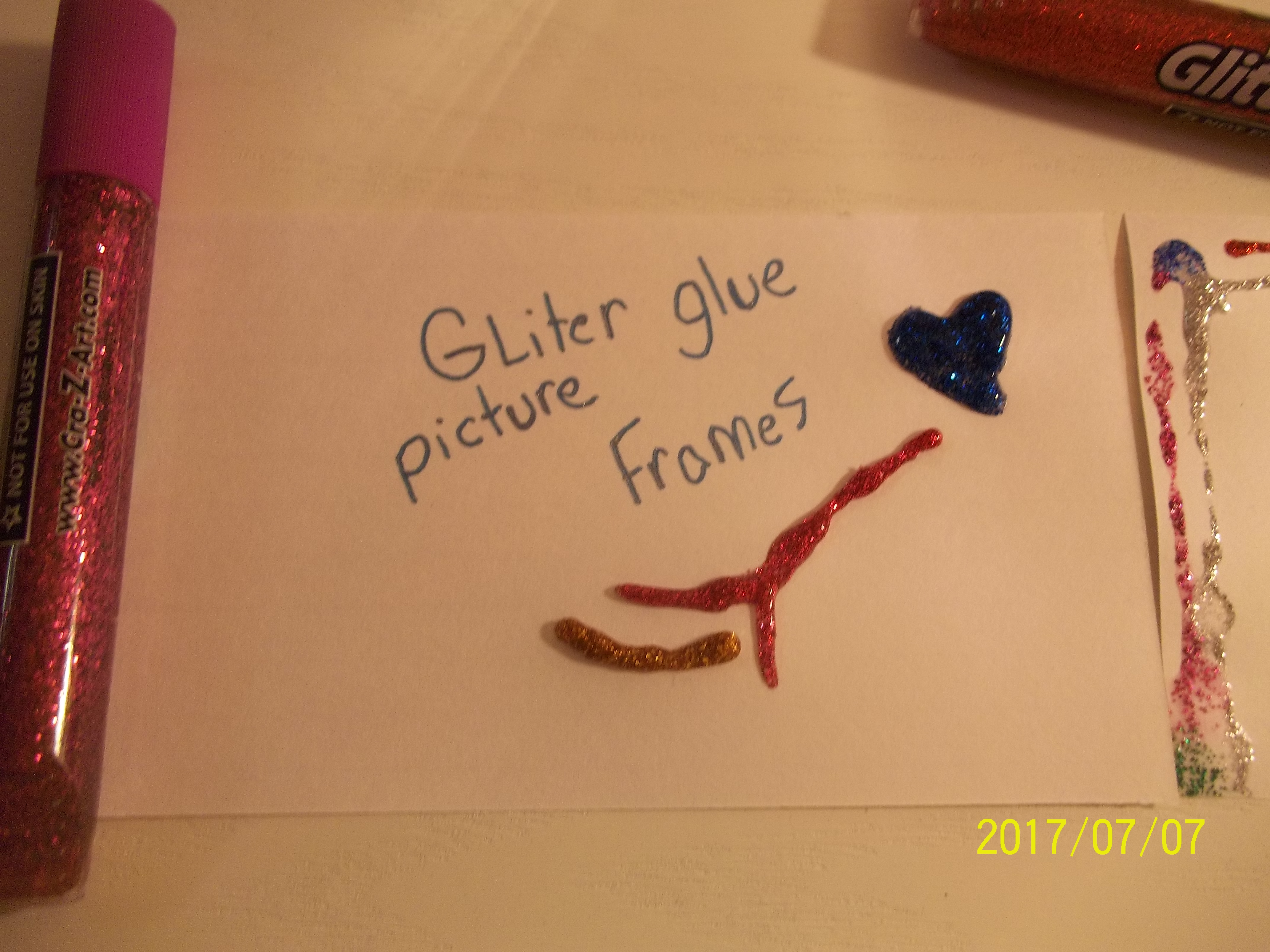 Picture of Glitter Frames