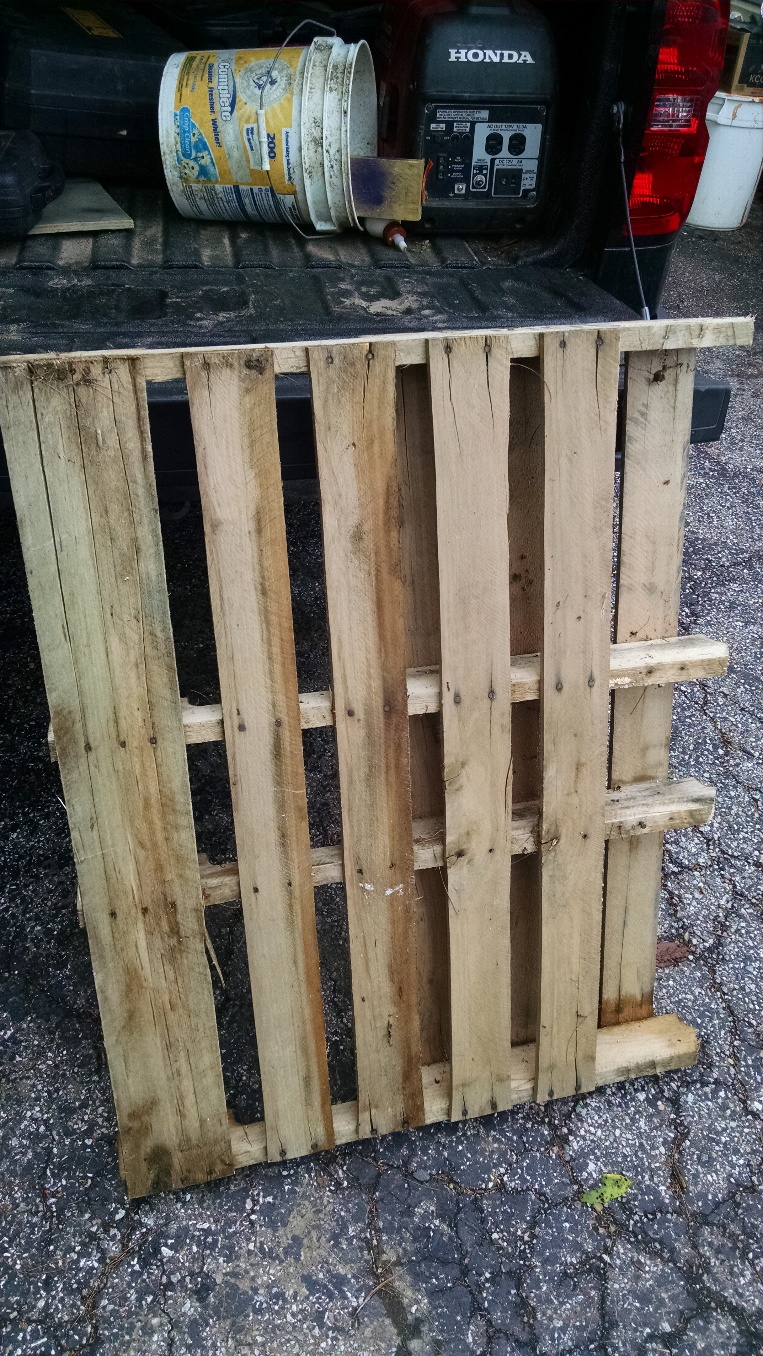 Picture of Find a Suitable Pallet