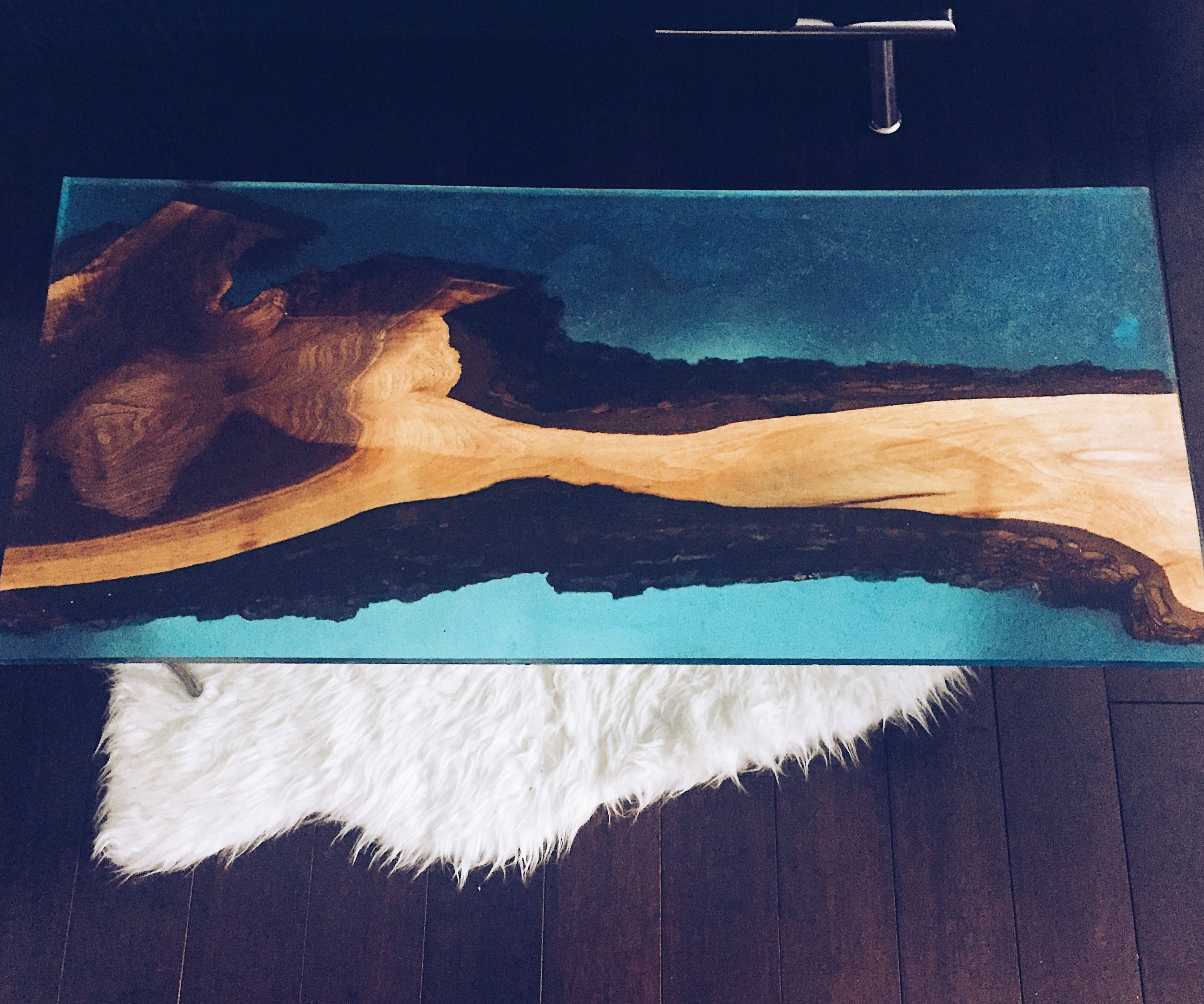 Resin Wood Coffee Table: 9 Steps (with Pictures)
