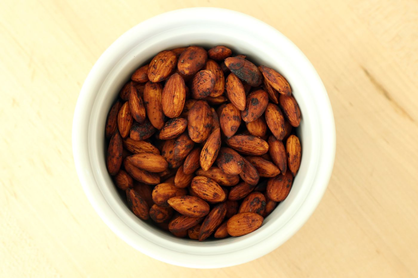 Picture of Smoked Almonds