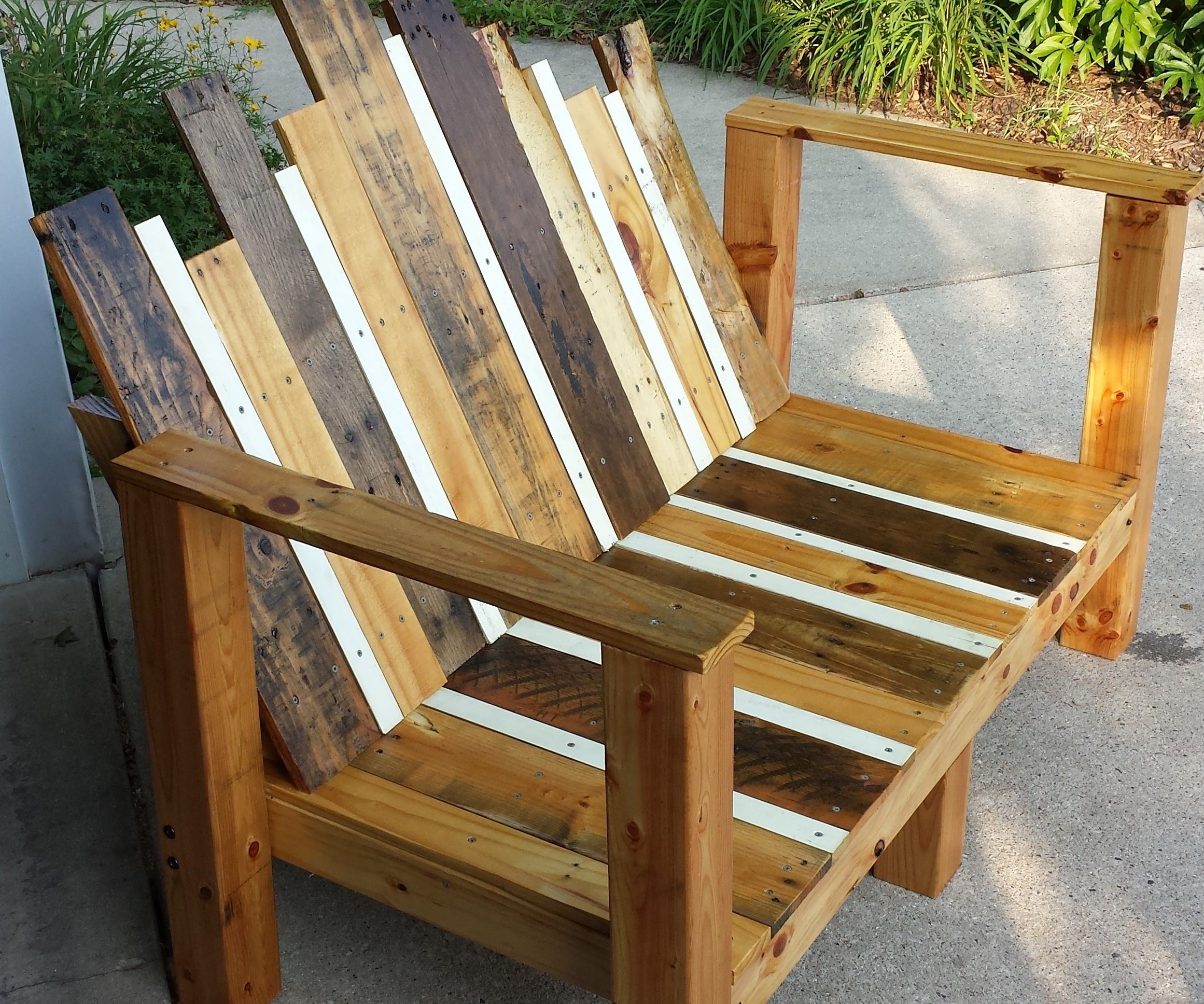 Stupendous Outdoor Bench 5 Steps With Pictures Gmtry Best Dining Table And Chair Ideas Images Gmtryco