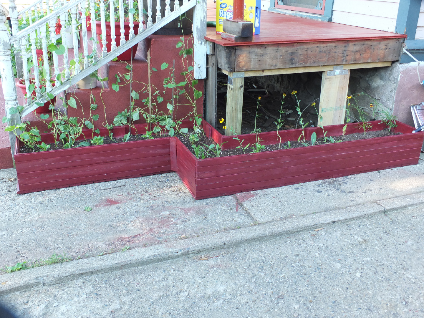Picture of Custom Shaped Planter Box Out of Old Tounge-in-grove Boards