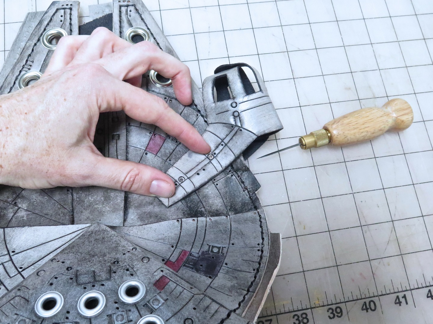 Picture of Attaching the Cockpit