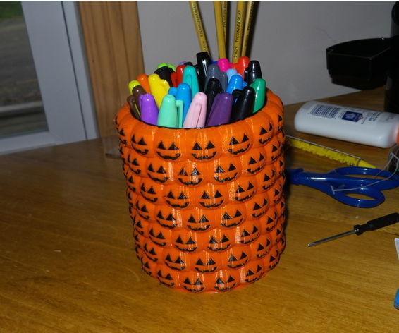 3D Printed Halloween Pencil Holder