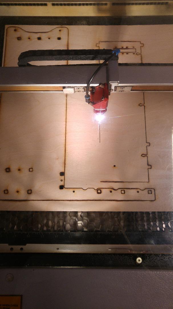 Picture of Step 2: Het Frame Is Uitgesneden