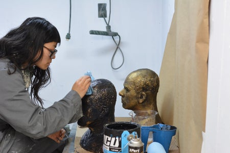 Scenic Painting the Sculpture