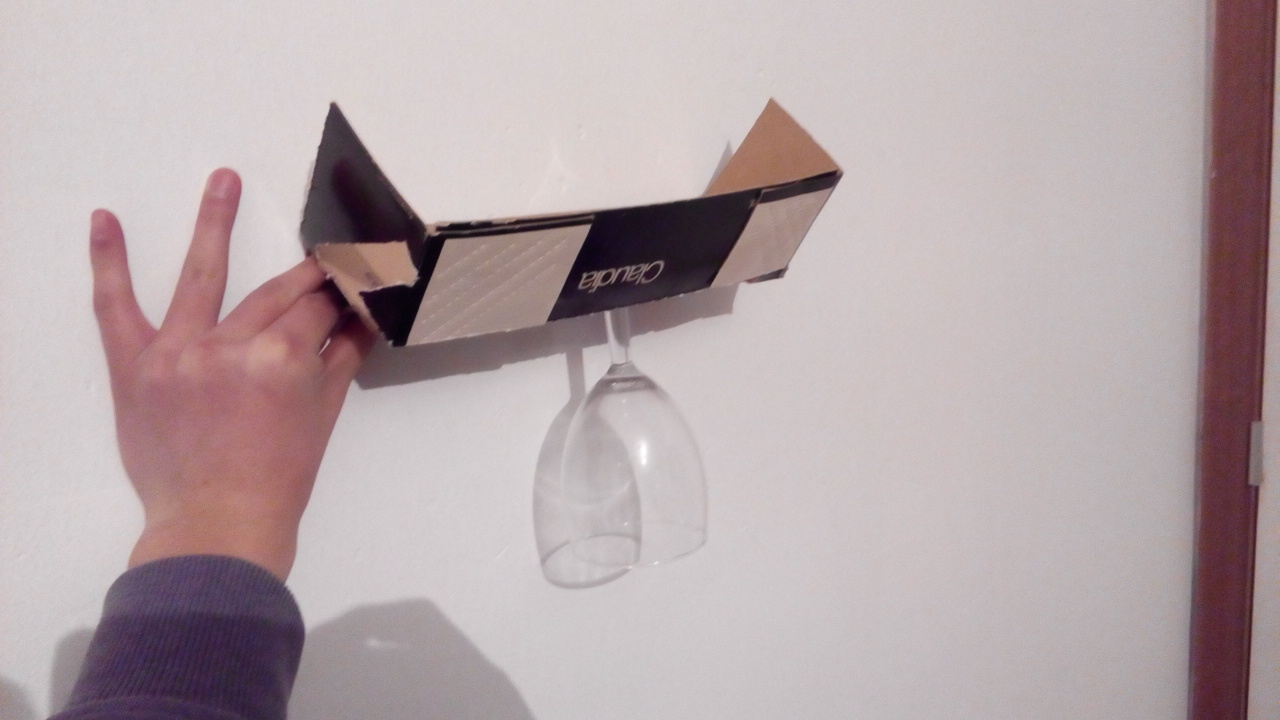 Picture of Cardboard Wine Glass Hanging Rack